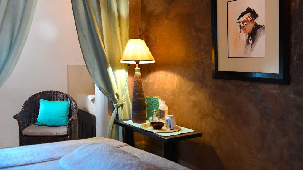 espace bien-être et soins riad Dar Housnia à Marrakec