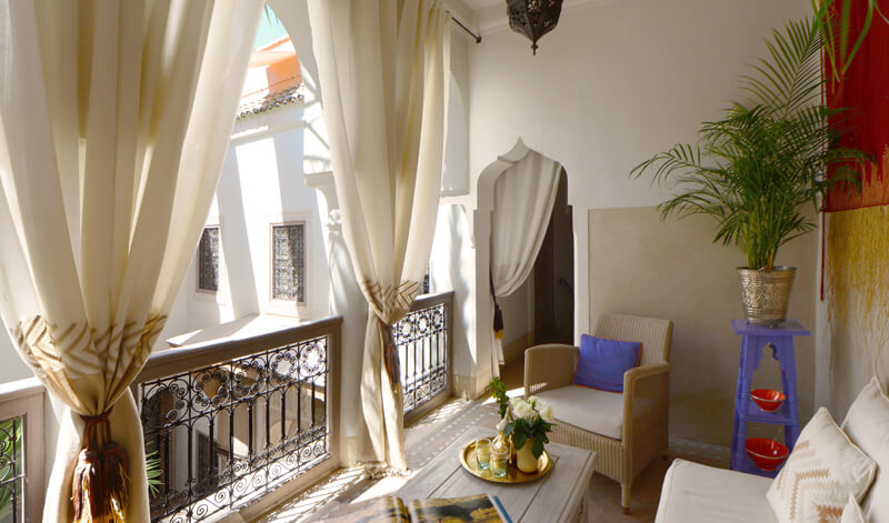 salon suite Fès riad Dar Housnia à Marrakech