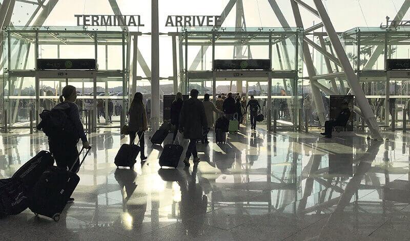 offre transfert aéroport riad Dar Housnia à Marrakech
