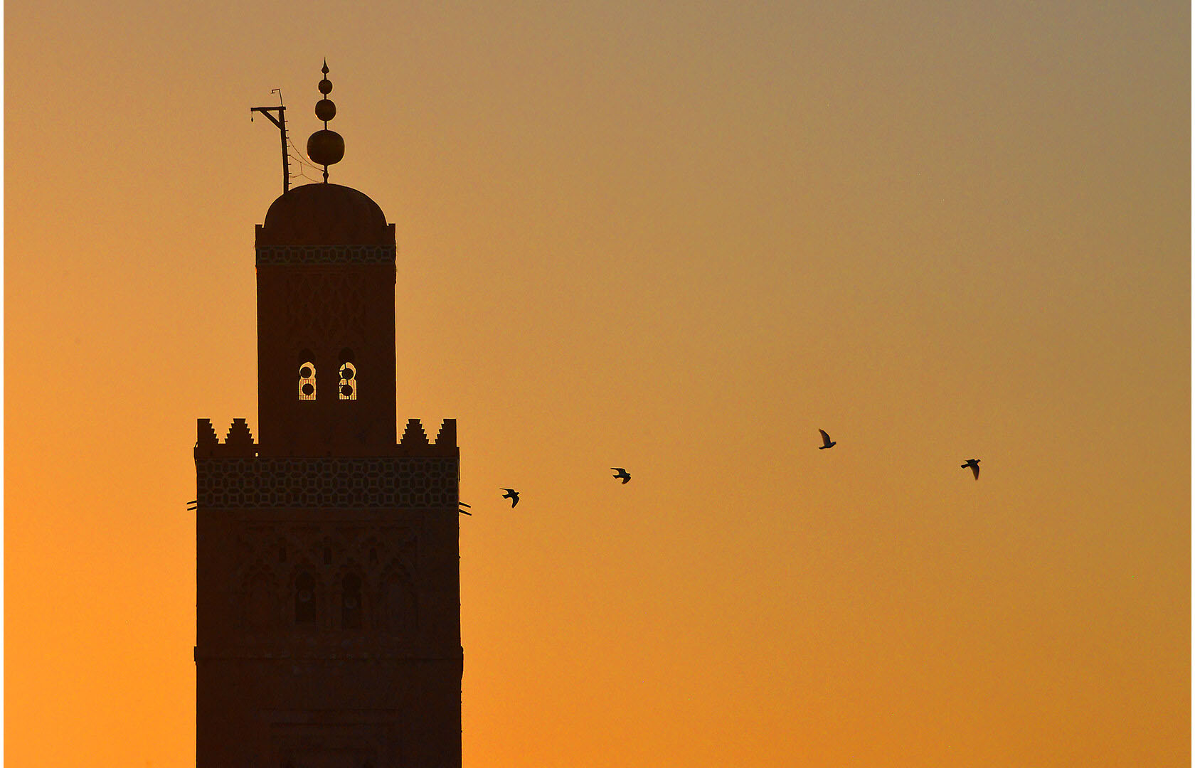 coucher de soleil riad Dar Housnia